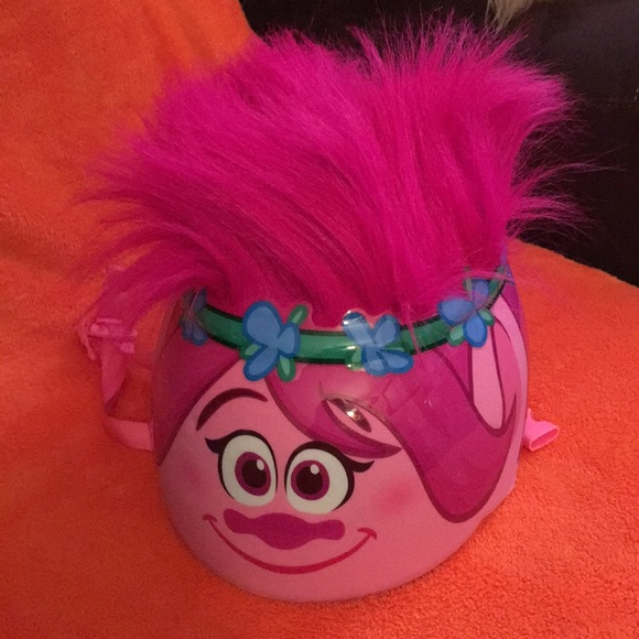 Disney Other - Helmet